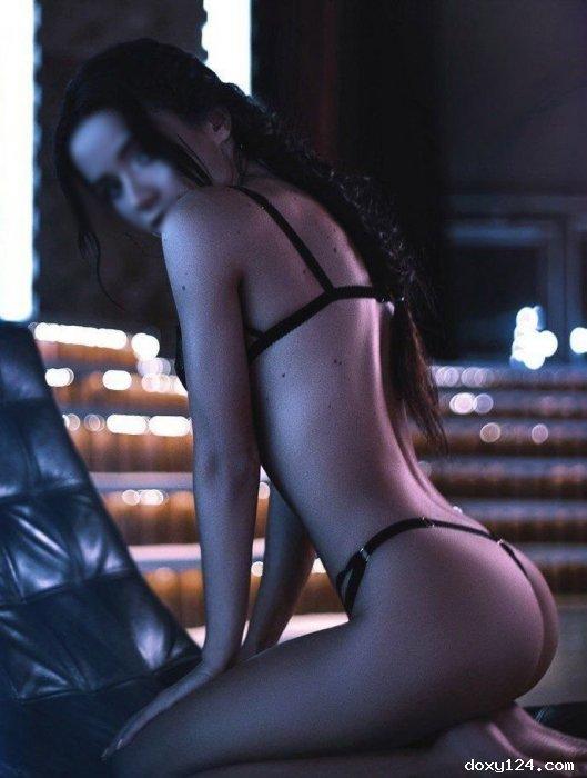 Проститутка     Кристина, Красноярск Покровский тел. 8 (923) 758-1311 работает по вызову,  имеет свои аппартаменты,  за 4000р час. - Фото 1