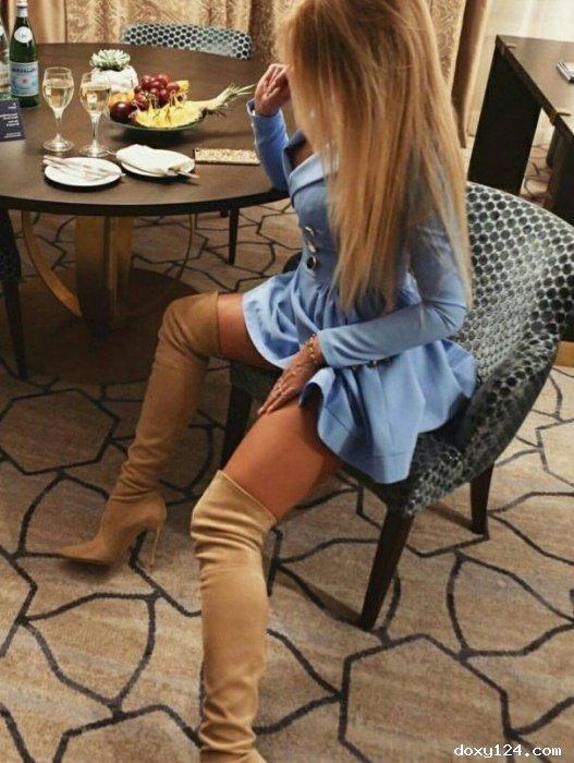 Проститутка     ЖЕНЕЧКА, Красноярск Взлетка  работает по вызову,  имеет свои аппартаменты,  за 8000р час. - Фото 1