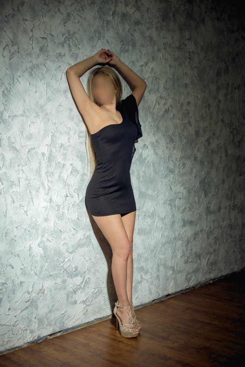 Проститутка     Анжелика, Красноярск Северный  работает по вызову,  имеет свои аппартаменты,  за 2500 р час. - Фото 1