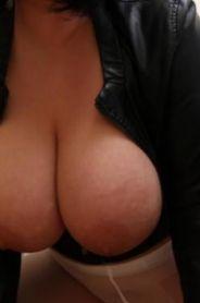 Проститутка     Соня, Красноярск Советский район  работает по вызову,  имеет свои аппартаменты,  за 5000р час. - Фото 1