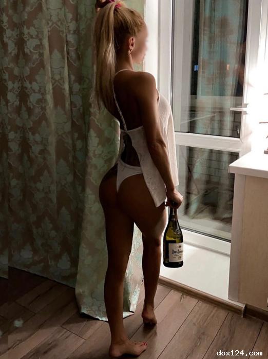 Индивидуалка    Алёна, Красноярск Взлетка  работает по вызову,  имеет свои аппартаменты,  за 2000р час. - Фото 2