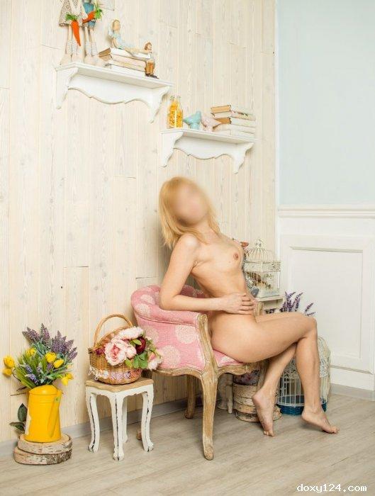 Проститутка     Юлия, Красноярск Взлетка  работает по вызову,  имеет свои аппартаменты,  за 2000р час. - Фото 1