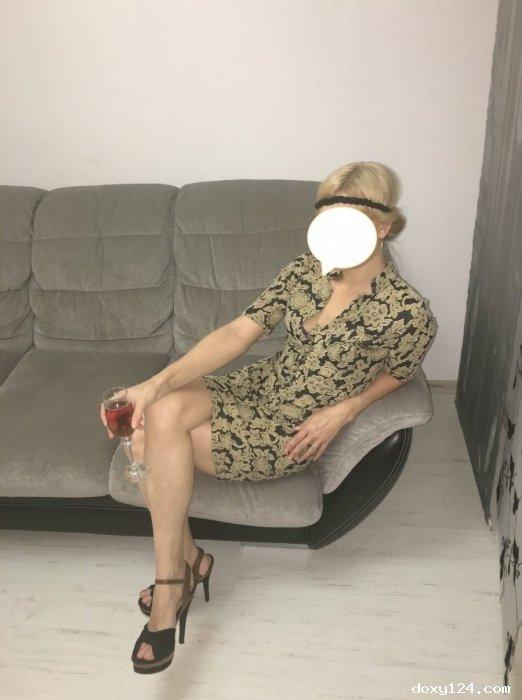 Проститутка     Ксения, Красноярск Советский район  работает по вызову,  имеет свои аппартаменты,  за 2000р час. - Фото 1