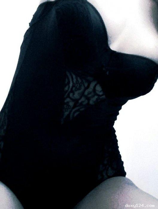Проститутка     Полина, Красноярск Взлетка  работает по вызову,  имеет свои аппартаменты,  за 2000р час. - Фото 1