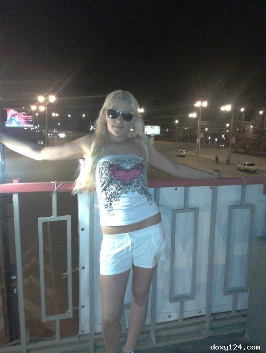 Проститутка     Лерочка, Красноярск Ленинский район  работает по вызову,  имеет свои аппартаменты,  за 1500р час. - Фото 1